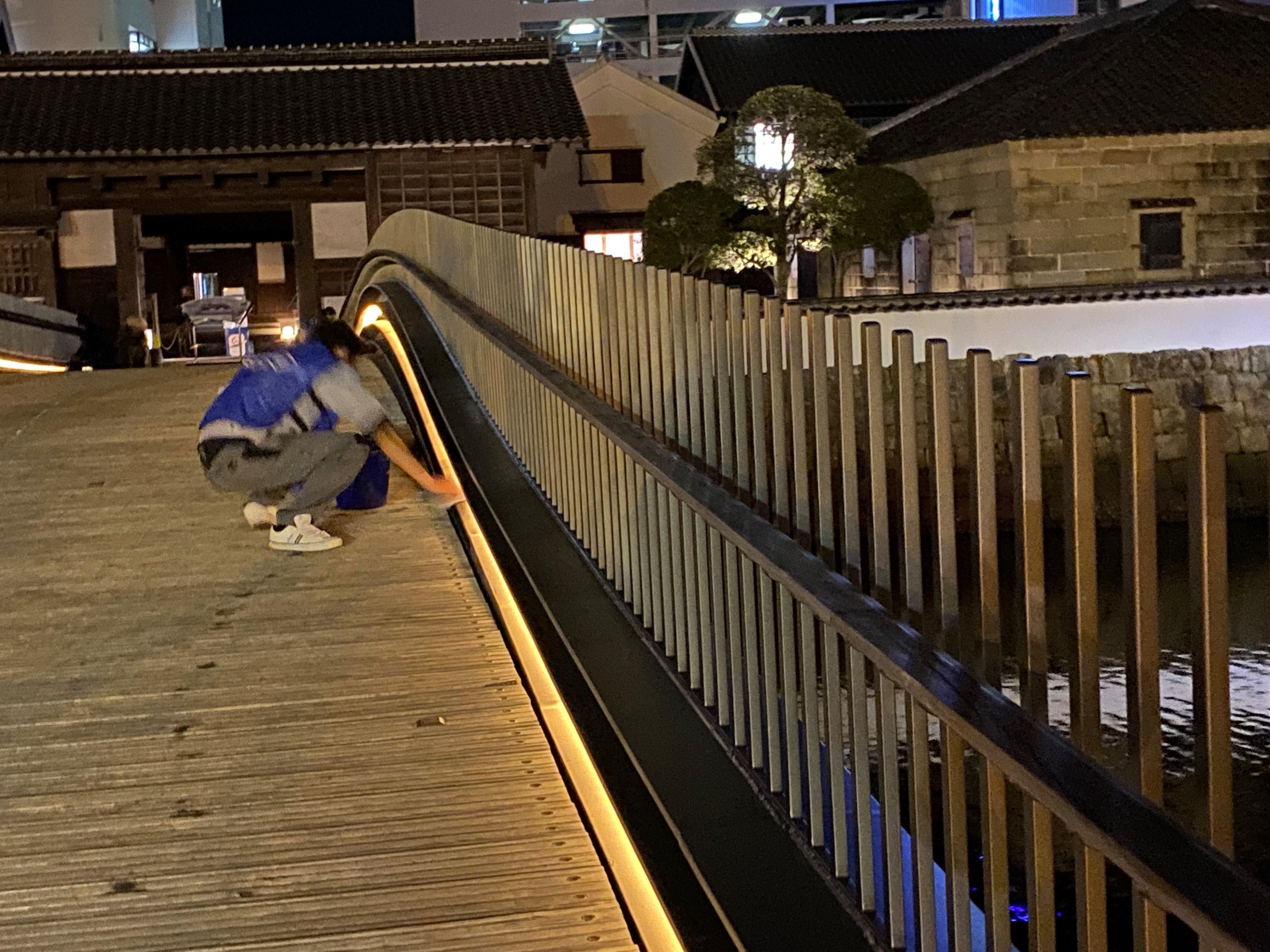 出島表門橋の橋ふき